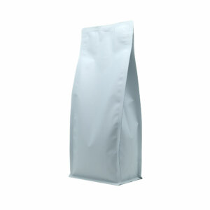 Упаковка для кофе на 1000 г белого цвета